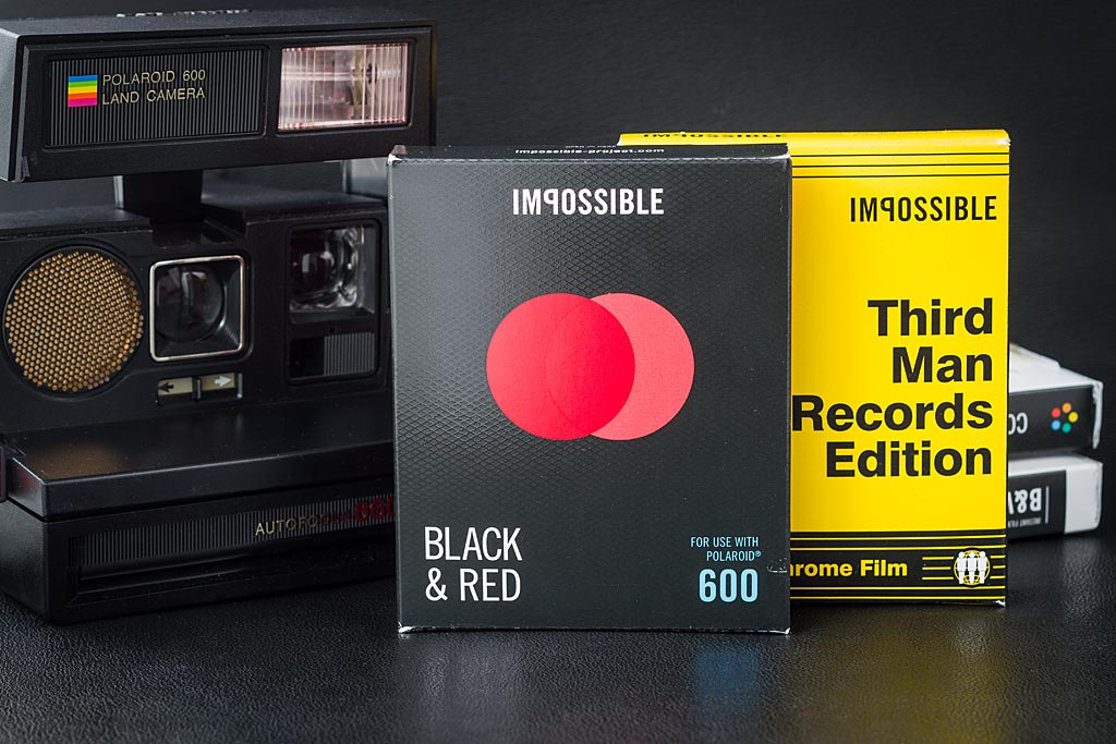 Films Impossible Project Duochrome Black & Red et Third Man Records Edition