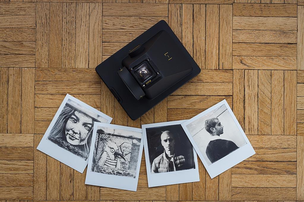 L'I-P est probablement l'appareil le plus léger et le plus petit fonctionnant avec le classique format de photo Polaroid/Impossible.