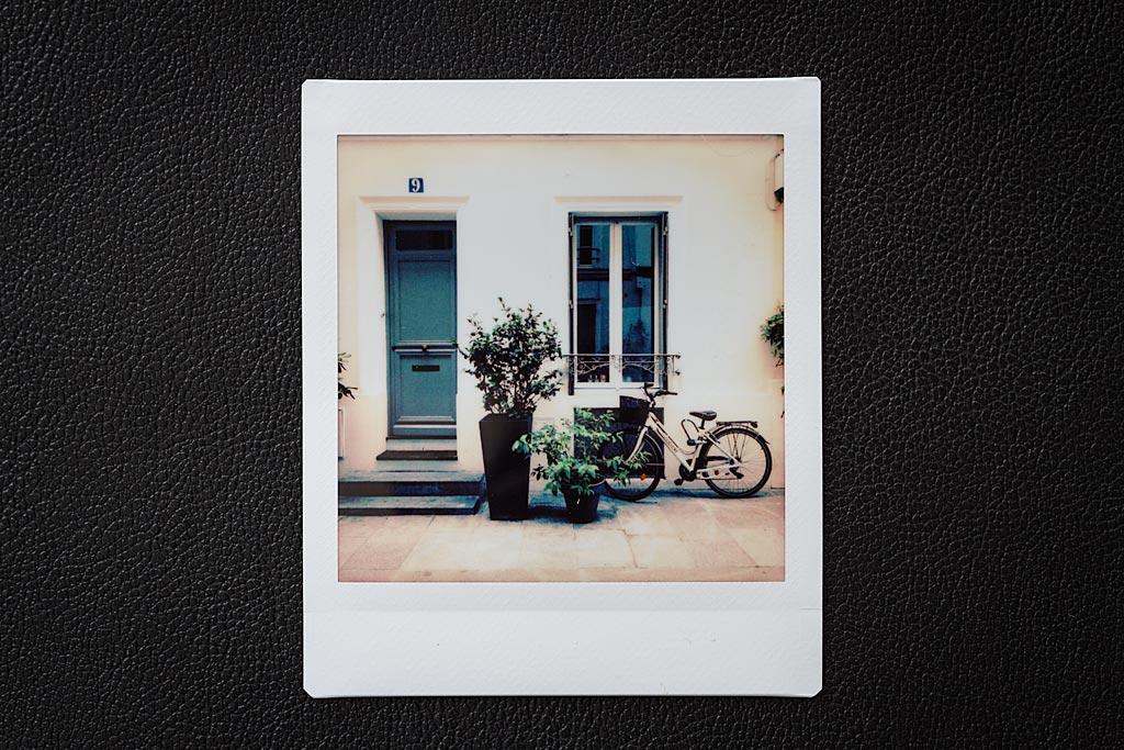 Les réglages pour cette image imprimée avec l'Instax Square : Filtre Highline, Vignettage +20, luminosité +1/3