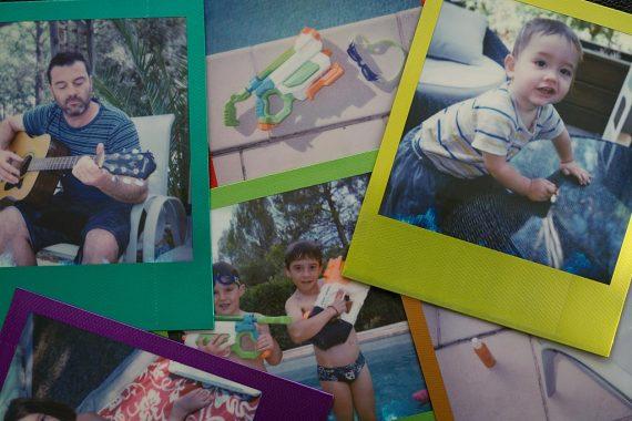 Photos Polaroid faites avec le film Metallic Frames Edition d'Impossible Project