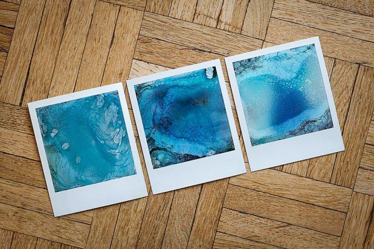 Technique créative : décomposition de polaroids dans l'eau
