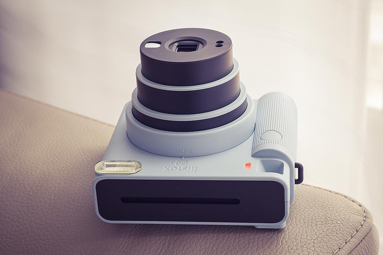 Le SQ1 propose deux réglages de focale. Distance par défaut et Mode Selfie. Ce dernier est conçu pour une netteté à distance de 30 à 50cm.